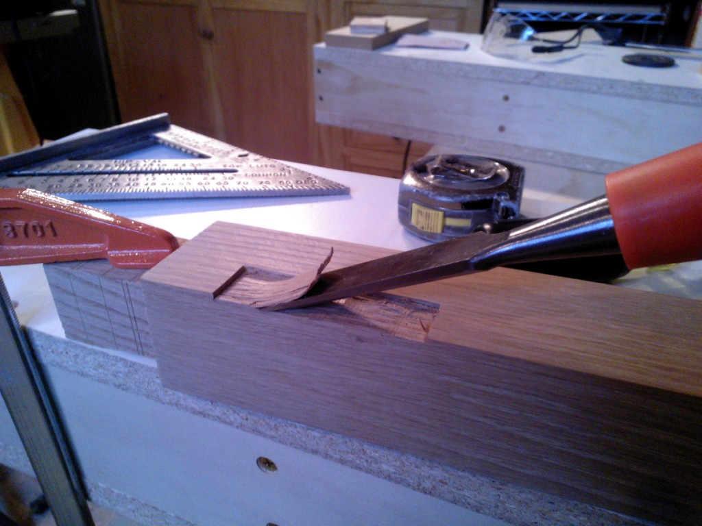 chisel_work_mortise